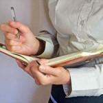 頭皮の乾燥を治して防ぐ8つの方法!正しい頭皮ケアで改善!