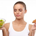 女性の抜け毛や薄毛の原因にダイエット!3つの理由と対策!