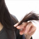 毛先が茶色く明るくなる原因はコレ!髪を改善する対処法!